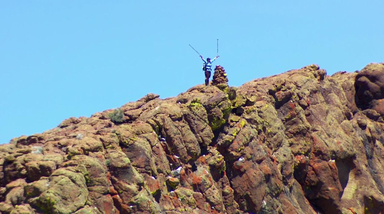 Adventure hiking on the Oregon Desert Trail